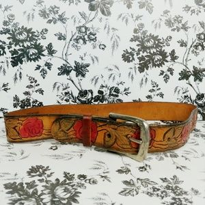 Vintage rose tooled womens' leather belt sz s